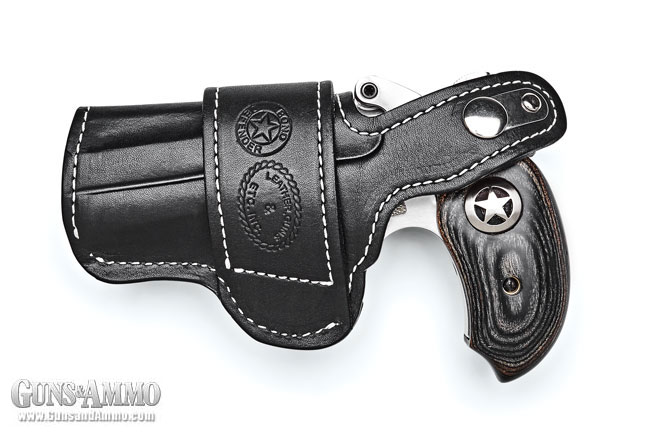 bond_arms_driving_holster_review_1