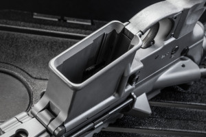 The flared magwell is tasteful and functional, speeding up reloads without excess bulk.