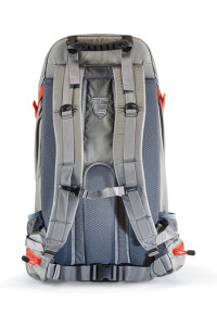 The vented backpanel offers a great comfort and support for extended journeys on foot with a loaded pack.