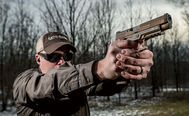 Exclusive Test Fire of the Army'™s new MHS pistol, the