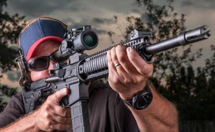 Steiner's M332 is the perfect fixed-powered optic—durable, compact, with a wide field of view and 3 inches of eye relief.