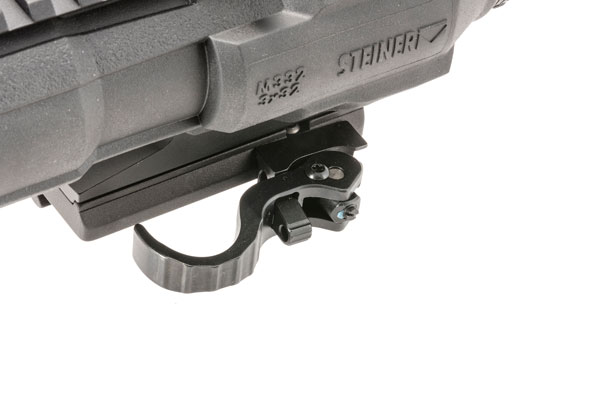 A quick-detach mount adapts to any MIL-STD 1913 rail.