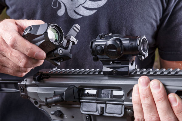 The mount on the Juliet4 is very solid. Dual recoil lugs on the underside also ensure the magnifier doesn't bounce around between the sections of Picatinny rail.