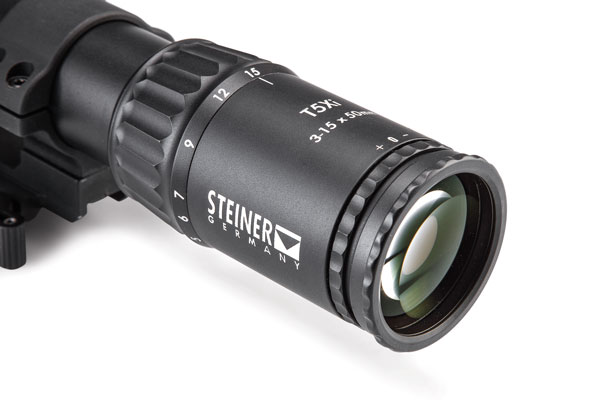 The ocular lens has a quick-adjust reticle focus ring as well as a diopter locking ring. The scallops make adjustment easy and also accommodate Tenebraex scope caps.
