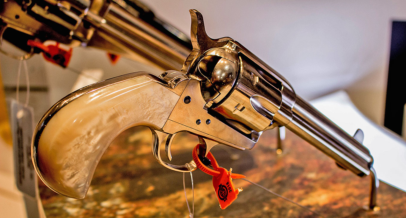 Uberti-Model-1873-Outlaws-and-Lawmen-Doc-Pistol