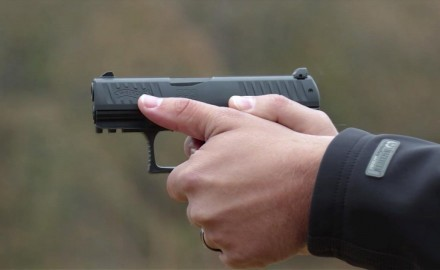 Eric Poole talks with Kevin Wilkerson from Walther about its PPQ sub compact pistol.