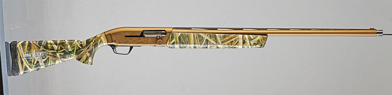 The Maxus is quite a long gun, measuring 50 inches overall with an extended choke tube installed. Despite that, it is remarkably light at just 7.1 pounds. It fires 23/4-­, 3-­ and 31/2-­inch ammo interchangeably.