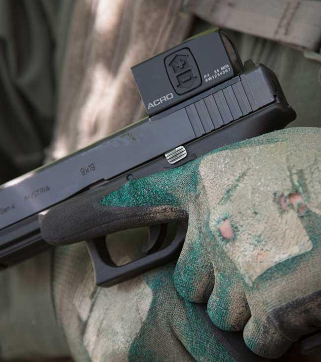 Aimpoint-ACRO-on-Glock