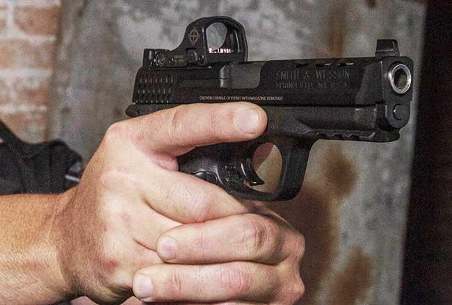 Sightmark-Mini-Shot-Lifestyle-Handgun