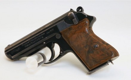 Joe Mantegna talks about the origins of the Walther PPK.