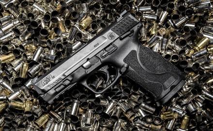 "M&P45 M2.0 Compact pistol features shorter 4"" barrel, 10 round magazine."
