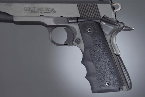 //www.gunsandammo.com/files/8-1911-grip-makers-you-should-know-about/hogue_45000l.jpg