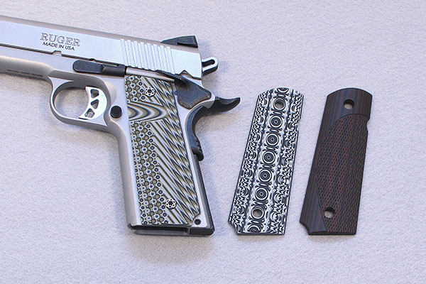 //www.gunsandammo.com/files/8-1911-grip-makers-you-should-know-about/vz_1911_grips.jpg