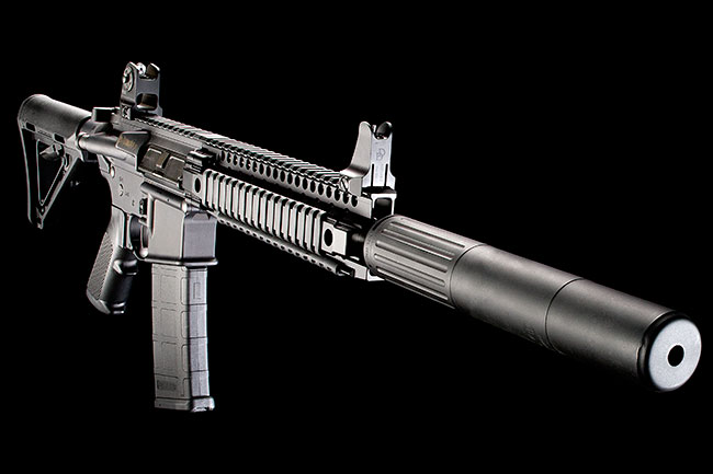 //www.gunsandammo.com/files/best-gun-reviews/daniel-defense-ddm4-300-sbr_001.jpg