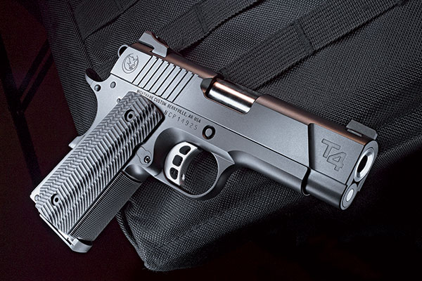 //www.gunsandammo.com/files/best-gun-reviews/nighthawk_t4_f.jpg