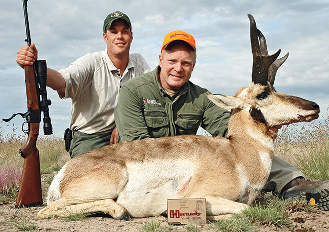 //www.gunsandammo.com/files/boddingtons-best-calibers-for-north-american-big-game-hunting/boddington_best_pronghorn.jpg