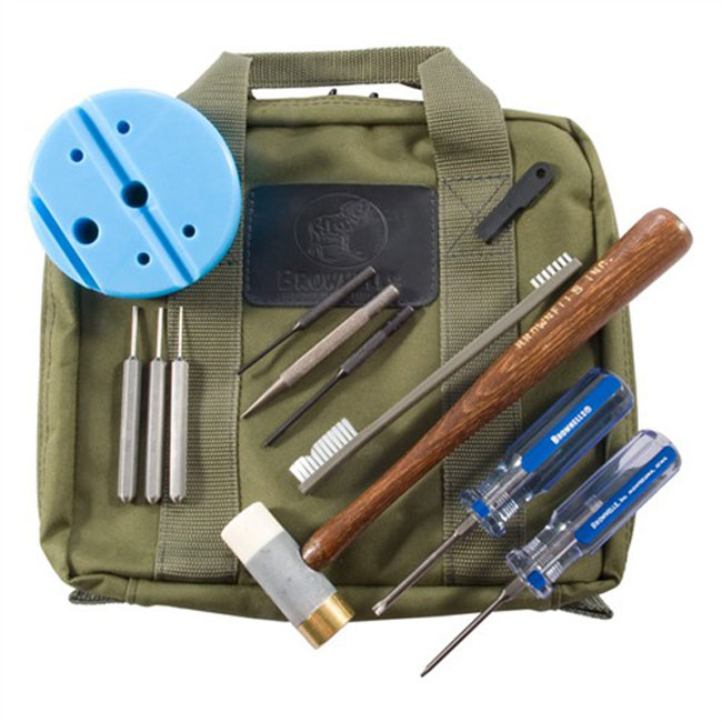 //www.gunsandammo.com/files/building-the-ultimate-range-bag/pistol-field-pack.jpg
