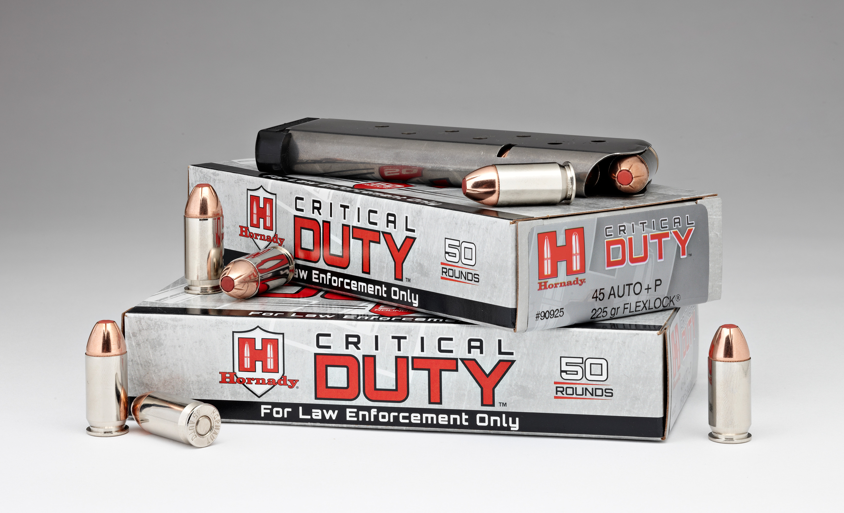//www.gunsandammo.com/files/fathers-day-gifts-for-the-tactical-dad/90925-45-auto_p-225gr-critical-duty-law-enforcement-packaging.jpg