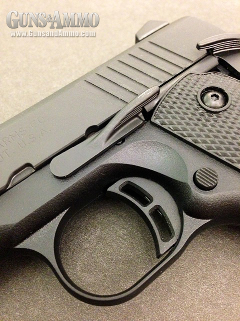 //www.gunsandammo.com/files/first-look-browning-1911-380/browning_1911_380_12.jpg