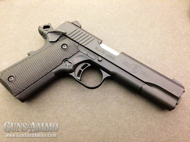 //www.gunsandammo.com/files/first-look-browning-1911-380/browning_1911_380_13.jpg