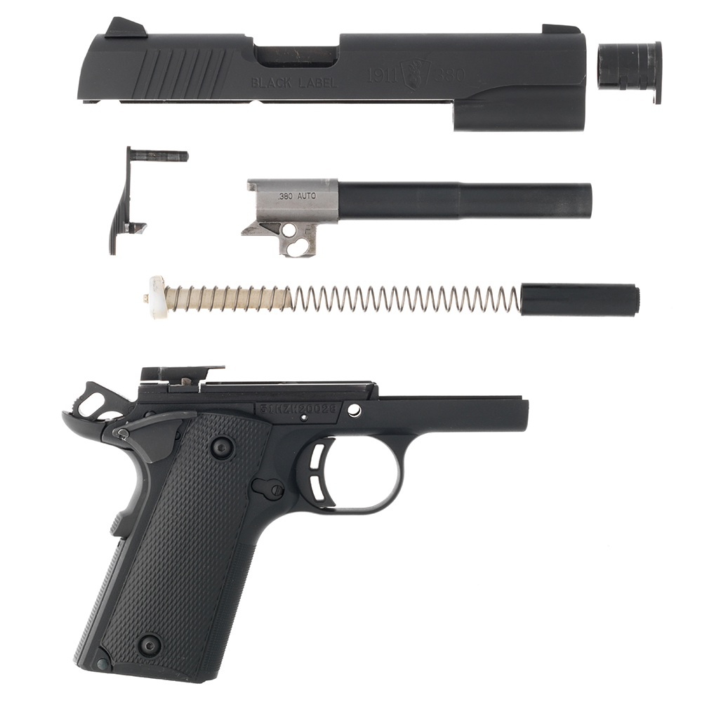 //www.gunsandammo.com/files/first-look-browning-1911-380/browning_1911_380_8.jpg