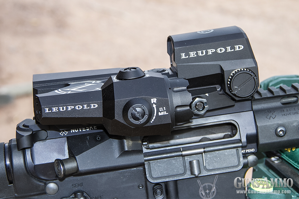 //www.gunsandammo.com/files/first-look-leupold-d-evo-rifle-optic/leupold_devo_optic_2.jpg