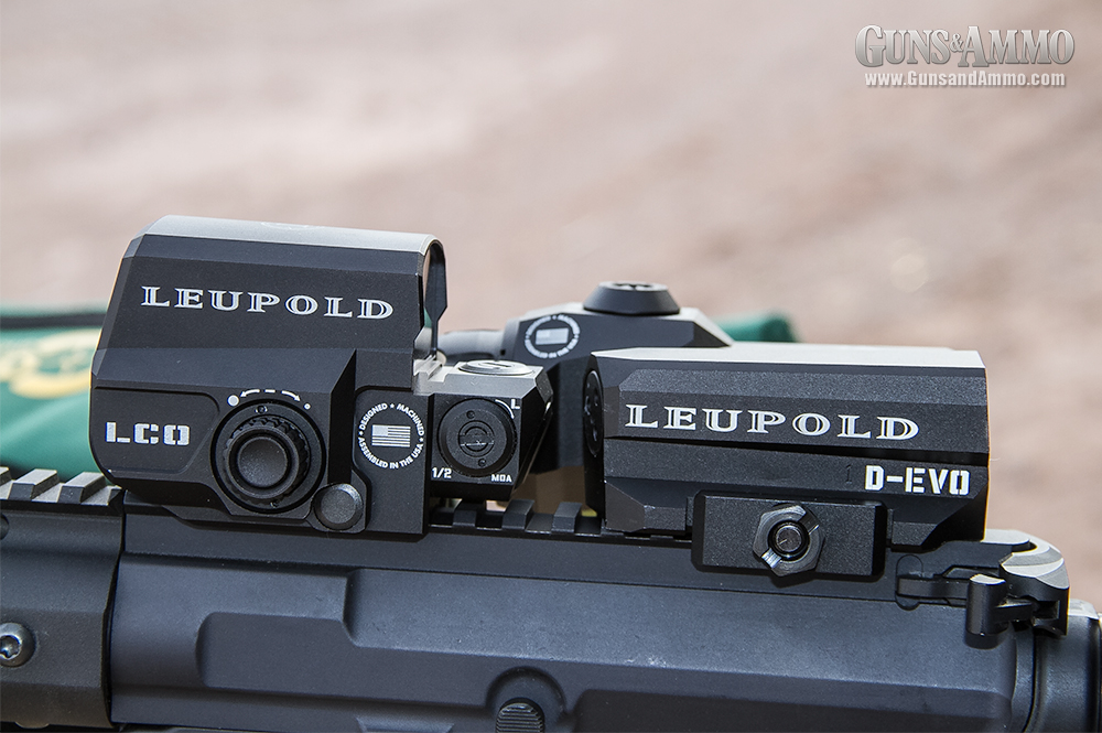 //www.gunsandammo.com/files/first-look-leupold-d-evo-rifle-optic/leupold_devo_optic_4.jpg