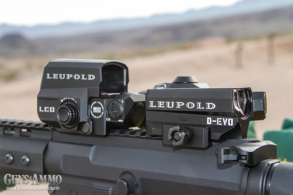 //www.gunsandammo.com/files/first-look-leupold-d-evo-rifle-optic/leupold_devo_optic_5.jpg