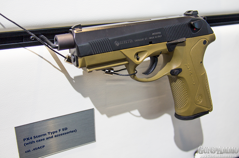 //www.gunsandammo.com/files/ga-visits-the-2014-iwa-show/beretta_px4_storm_fde.jpg