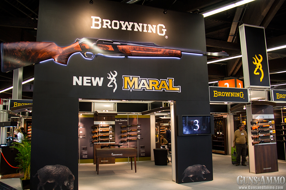 //www.gunsandammo.com/files/ga-visits-the-2014-iwa-show/browning_iwa.jpg