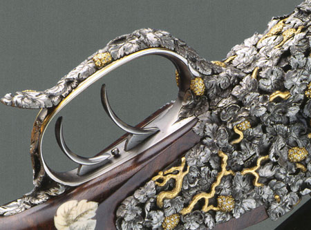 //www.gunsandammo.com/files/king-of-bling-the-million-euro-rifle/bling-gun_007.jpg