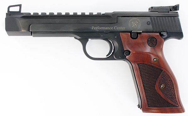 //www.gunsandammo.com/files/new-pistols-from-smith-wesson/performance-center-m41.jpg