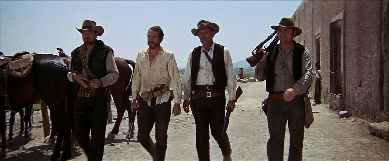 //www.gunsandammo.com/files/the-top-20-movie-shootouts/6_the-wild-bunch.jpg