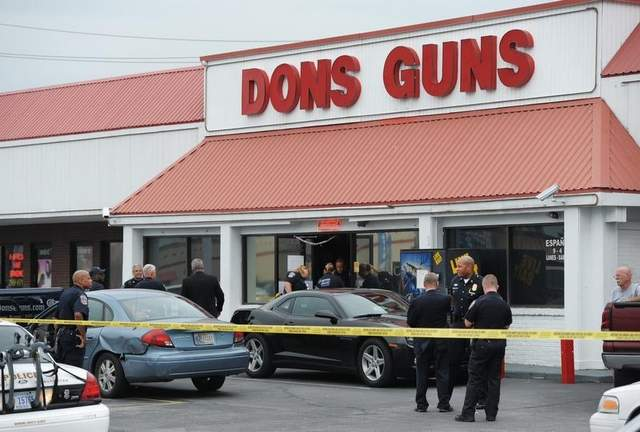 //www.gunsandammo.com/files/top-10-personal-defense-headlines-of-2012/dons-guns.jpg
