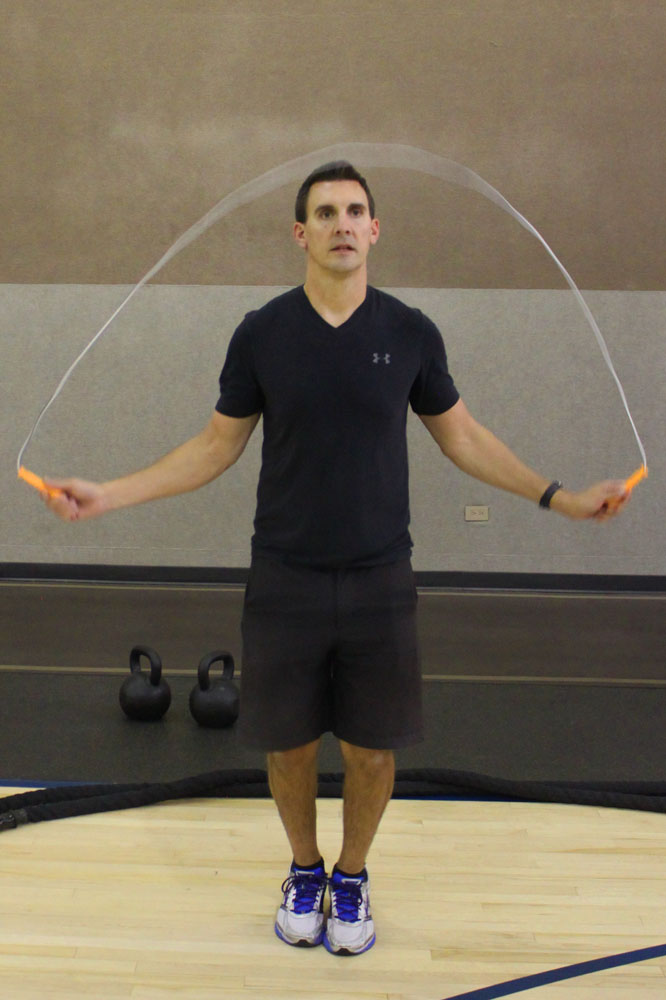 //www.bowhunter.com/files/10-workout-routines-for-hunting-out-west/workout_west_jumprope_1.jpg