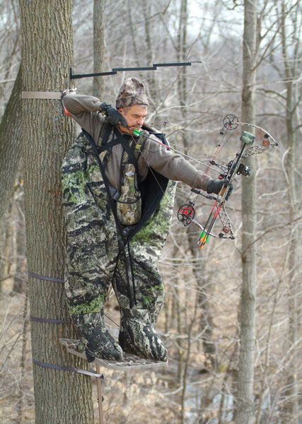 //www.bowhunter.com/files/2012-holiday-gift-guide/2heater-body-suit.jpg