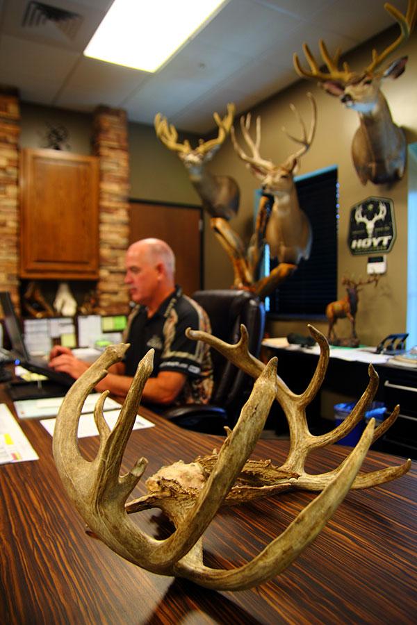 Randy-Walk-Buck_003
