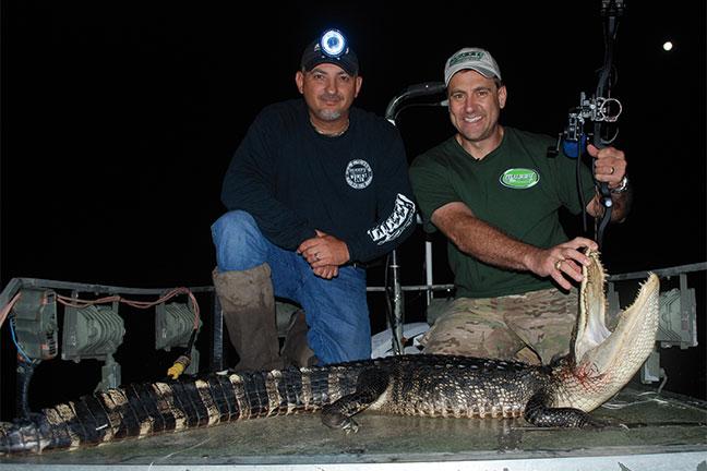 Bowhunting-Alligator