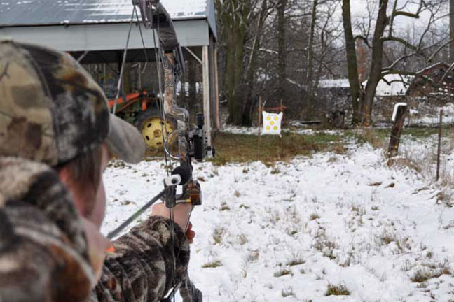 Shoot-your-bow-in-all-kinds-of-weather