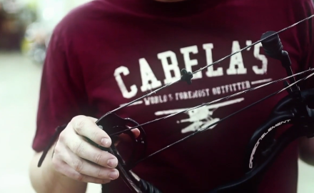 Mike Carney and Tony Peterson discuss the importance of breaking-in your bow strings and