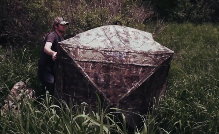 Mike Carney and Tony Peterson discuss when and where to used ground blinds in the field.