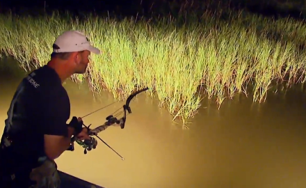 Muzzy Bowfishing's Mark Land hosts Editor Curt Wells and Sales Manager Jeff Millar as they set