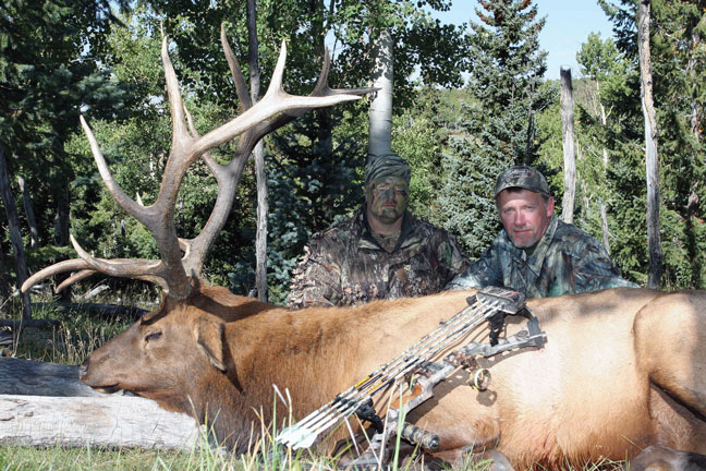 Ask Bowhunter: Facemask vs. Facepaint