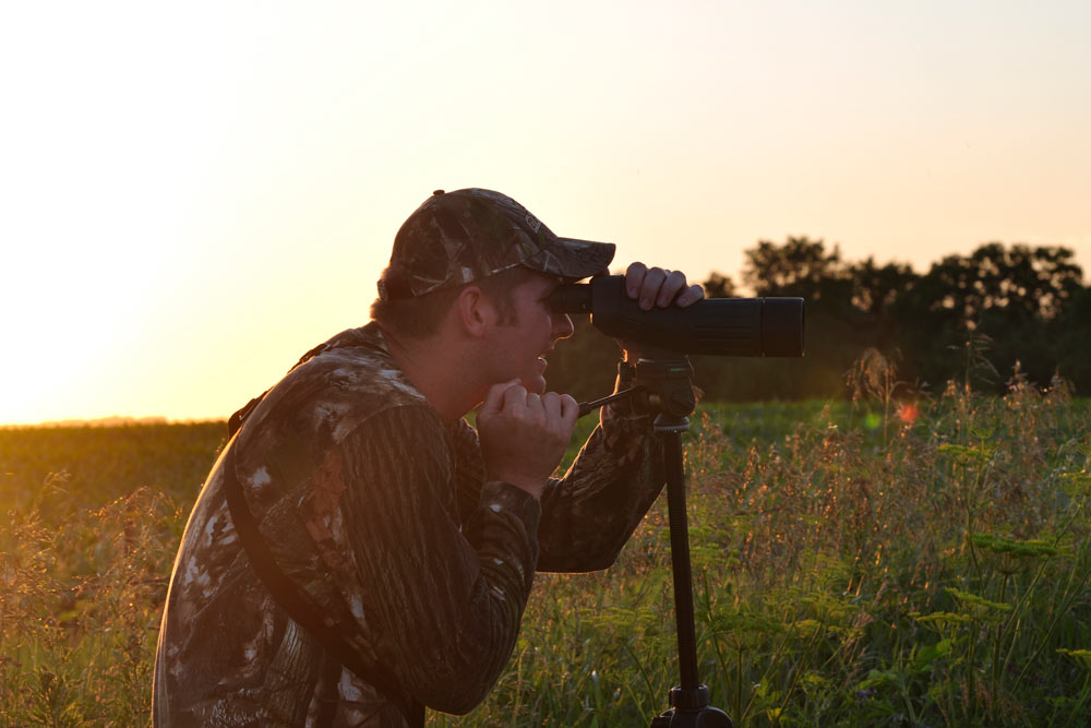 //www.bowhunter.com/files/6-best-tips-for-glassing-summer-bucks/sunrise-versus-sunset_2.jpg