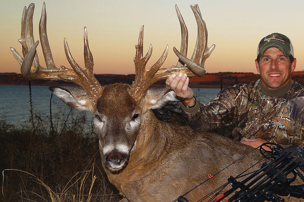 //www.bowhunter.com/files/best-bow-kills-of-the-year/massie.jpg
