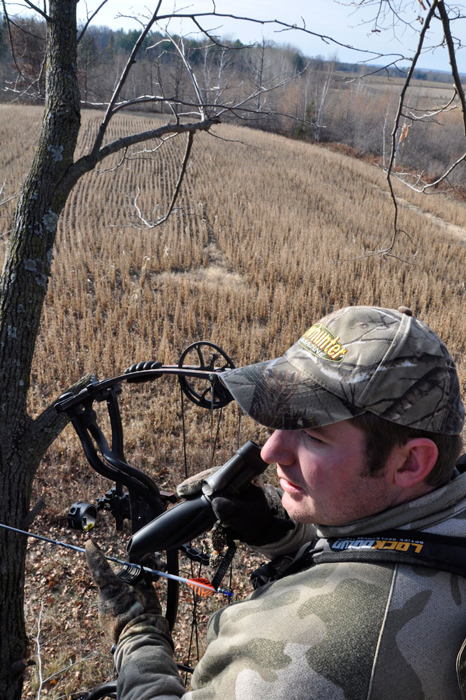 //www.bowhunter.com/files/treestand-tips-for-tagging-out-during-the-rut/prime-real-estate.jpg
