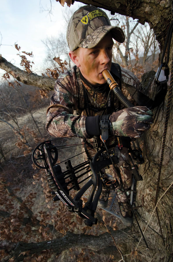 //www.bowhuntingmag.com/files/10-best-treestand-hunting-tips/001_how-high.jpg