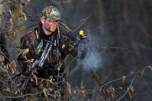 //www.bowhuntingmag.com/files/10-best-treestand-hunting-tips/002_how-often.jpg