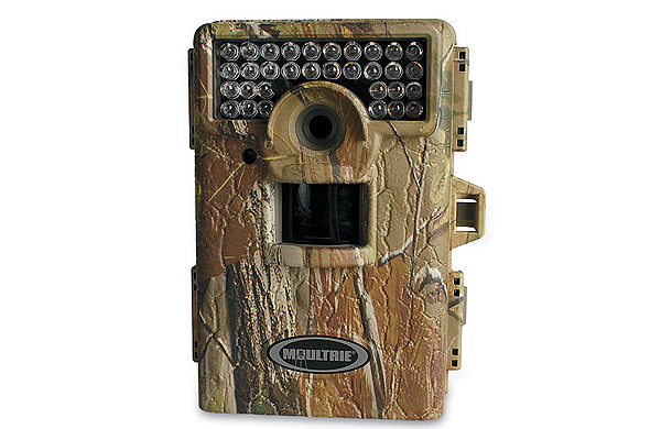 //www.bowhuntingmag.com/files/11-bowhunting-gifts-for-all-price-ranges/08_moultrie_120611.jpg