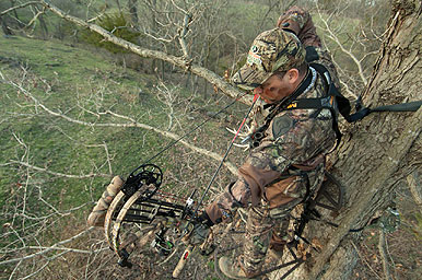 How early to a stand that's close to where deer are bedding depends  a lot on the conditions for